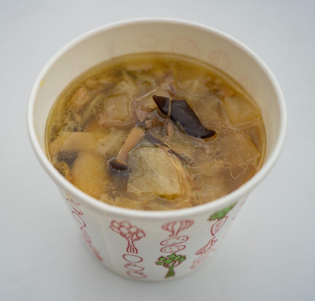 牛テールとキノコのスープ