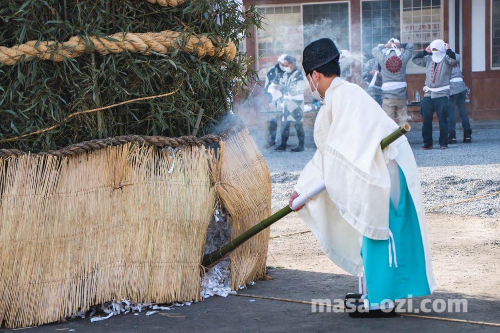 護国神社-とんど祭り-昼撮影その6