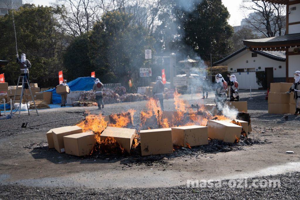 護国神社-とんど祭り-昼撮影その15